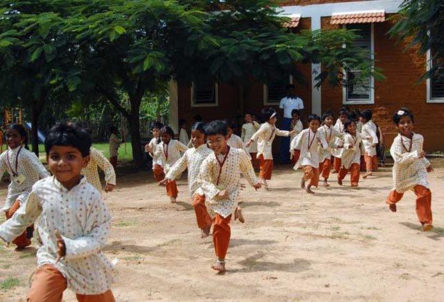 isha-vidhya-02